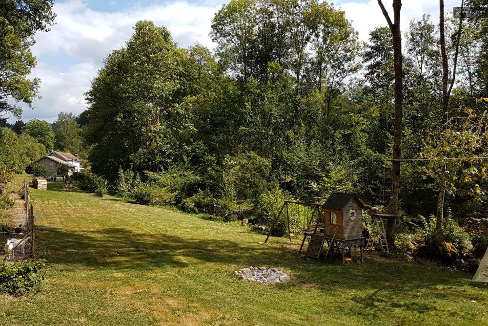 Aire camping-car à Fresse (70270) - Photo 3